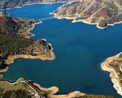 Lago artificiale di Campotosto