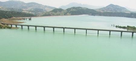 Lago artificiale di Monte Cotugno