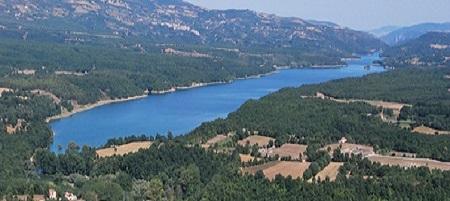 Lago artificiale di Pietra del Pertusillo