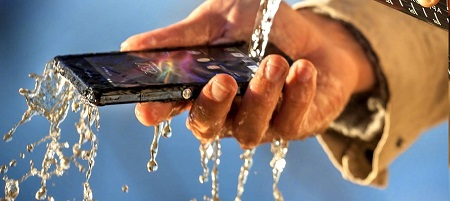 i migliori smartphone resistenti ad acqua urti polvere
